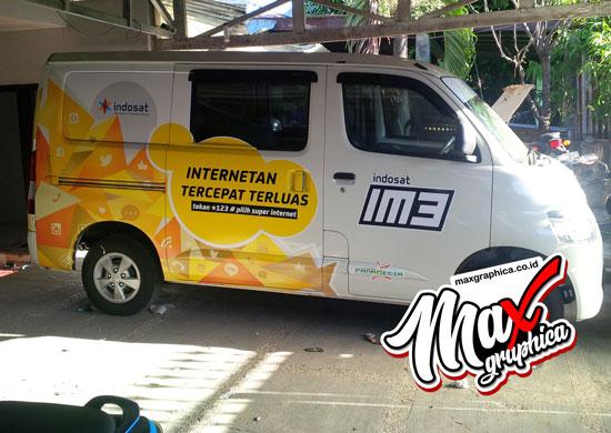 branding-mobil-granmax-minibus-indosat-im3-1-maxgraphica